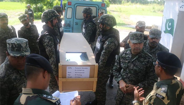 Pakistan hands over body of BSF soldier to India