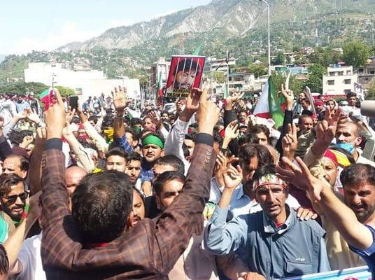 JKLF marchers head towards Line of Control